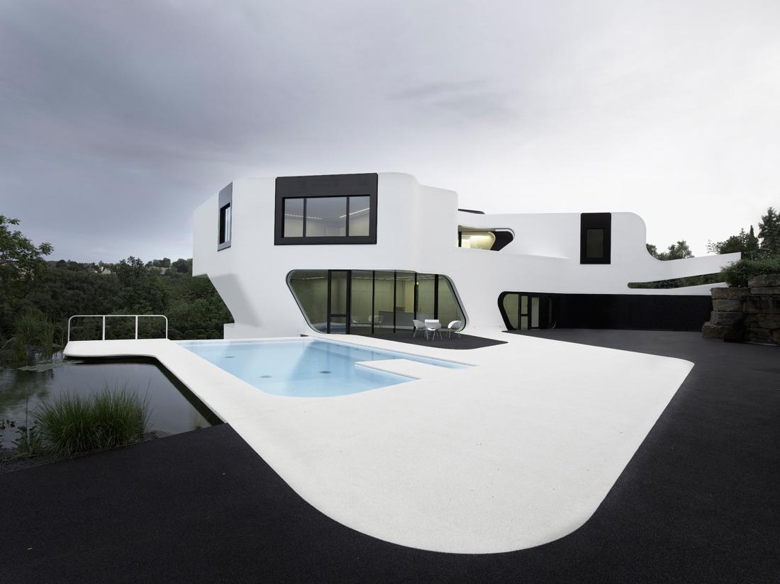 dupl casa mega n aat ve mimarl k. Black Bedroom Furniture Sets. Home Design Ideas